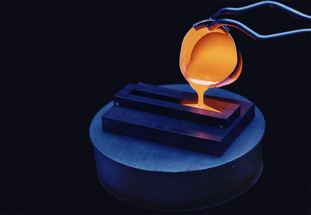 יצירת זכוכית בתהליך ויטריפיקציה